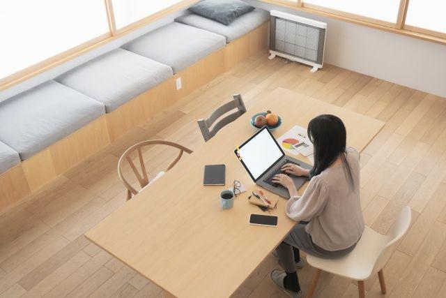 リモートワークの方必見!働きやすいスペースを設けるリノベーションはいかがですか?